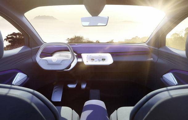Volkswagen continuă seria conceptelor electrice din gama ID: noul Crozz este un SUV electric cu autonomie de 500 de kilometri - Poza 23