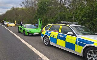 Polițiștii englezi nu iartă cursele ilegale. Trei prieteni au rămas fără mașinile închiriate: un Ferrari, un McLaren și un Lamborghini