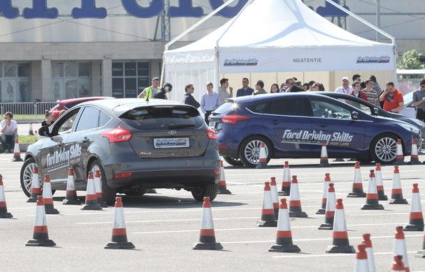 Campania Ford Driving Skills for Life continuă în 2017: programul de conducere defensivă ajunge în Oradea, București și Constanța - Poza 2