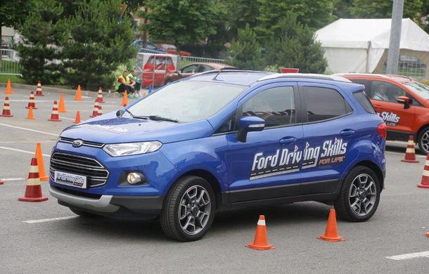 Campania Ford Driving Skills for Life continuă în 2017: programul de conducere defensivă ajunge în Oradea, București și Constanța - Poza 1