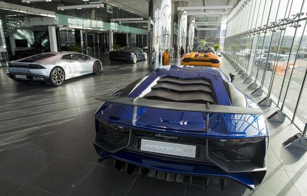 Cel mai mare showroom Lamborghini a fost deschis în Dubai: are 3 etaje și 1.800 de metri pătrați - Poza 4