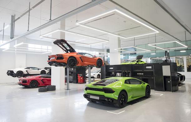 Cel mai mare showroom Lamborghini a fost deschis în Dubai: are 3 etaje și 1.800 de metri pătrați - Poza 8