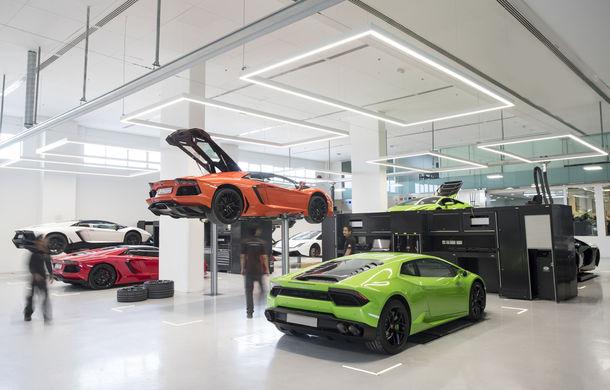 Cel mai mare showroom Lamborghini a fost deschis în Dubai: are 3 etaje și 1.800 de metri pătrați - Poza 7
