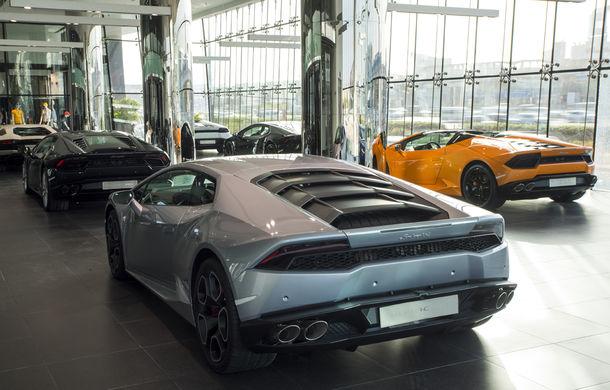 Cel mai mare showroom Lamborghini a fost deschis în Dubai: are 3 etaje și 1.800 de metri pătrați - Poza 5