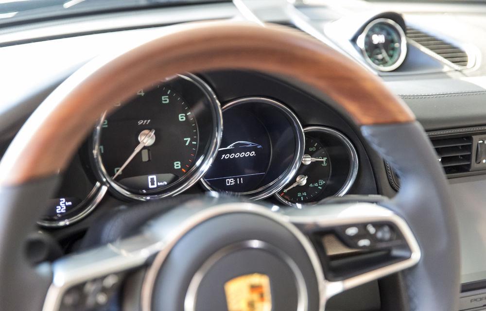 """Aniversare la Stuttgart: Porsche 911 a ajuns la un milion de unităţi produse după o """"carieră"""" de 54 de ani - Poza 5"""