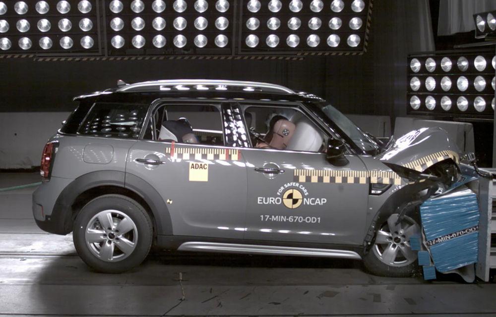 Skoda Kodiaq a trecut testul siguranței: 5 stele EuroNCAP. Nissan Micra a primit 4 stele, Suzuki Swift doar 3 - Poza 23