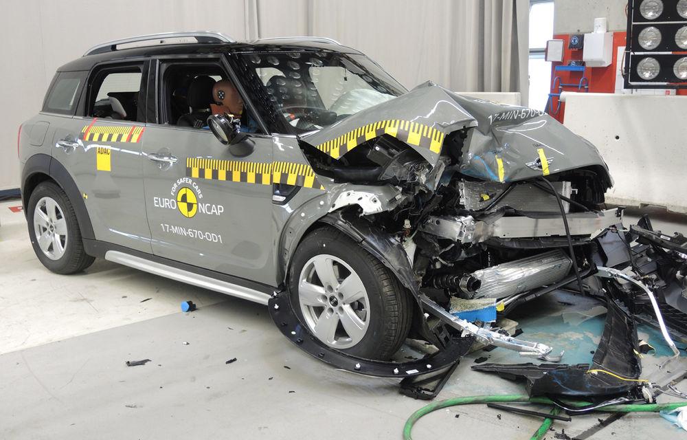 Skoda Kodiaq a trecut testul siguranței: 5 stele EuroNCAP. Nissan Micra a primit 4 stele, Suzuki Swift doar 3 - Poza 20