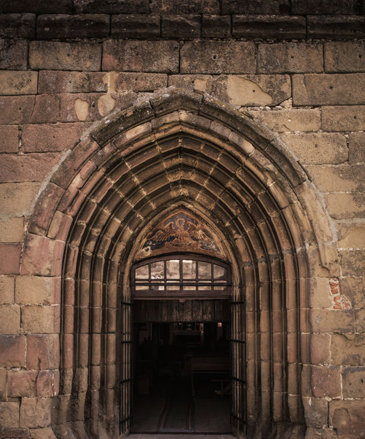 Un german în Transilvania: biserici cu ziduri de apărare înalte de 12 metri, un castel părăsit și idilicul Viscri - Poza 5