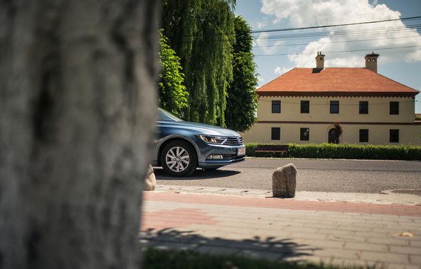 Un german în Transilvania: biserici cu ziduri de apărare înalte de 12 metri, un castel părăsit și idilicul Viscri - Poza 11