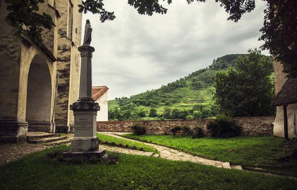Un german în Transilvania: aglomerata Sighișoară, biserica armenească în paragină și mirificul Biertan - Poza 48