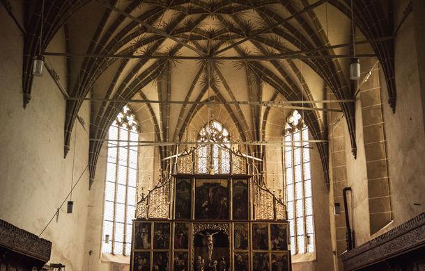 Un german în Transilvania: aglomerata Sighișoară, biserica armenească în paragină și mirificul Biertan - Poza 52