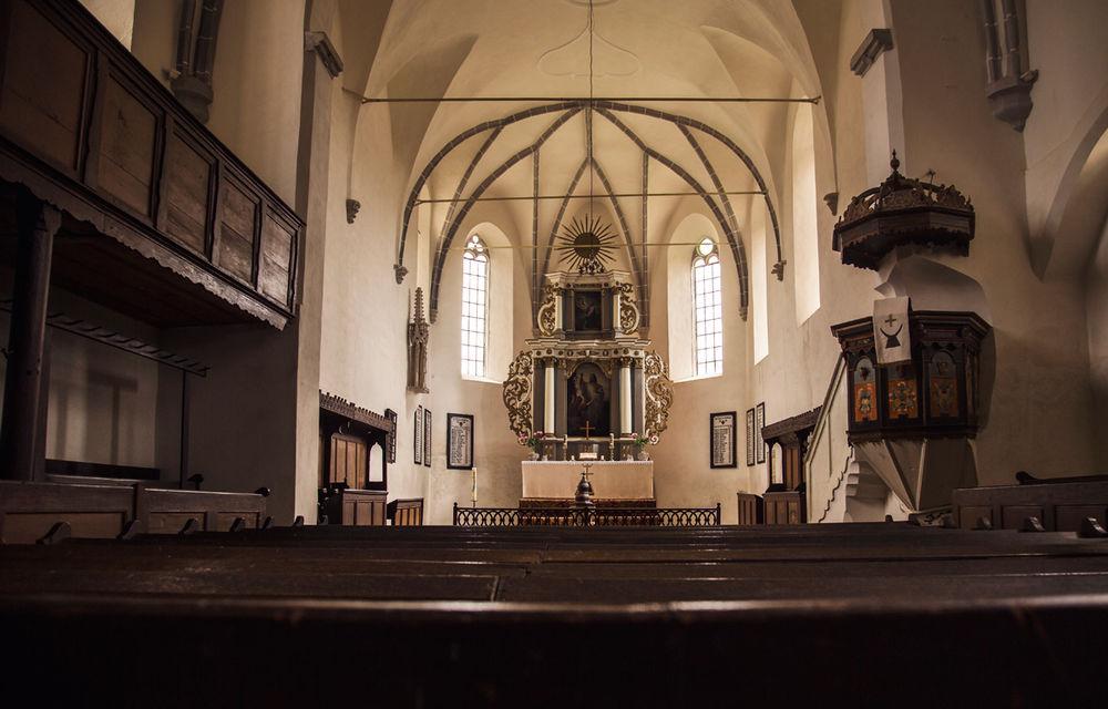 Un german în Transilvania: aglomerata Sighișoară, biserica armenească în paragină și mirificul Biertan - Poza 11
