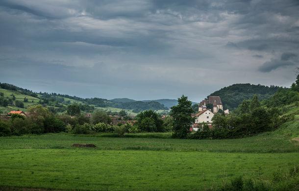 Un german în Transilvania: aglomerata Sighișoară, biserica armenească în paragină și mirificul Biertan - Poza 45