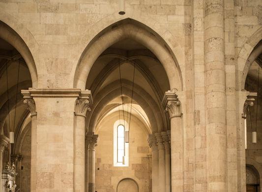 Un german in Transilvania: povestea vinului de la Jidvei și Cetatea de Baltă, surpriza de la Blaj și recordurile catedralei din Alba Iulia - Poza 44