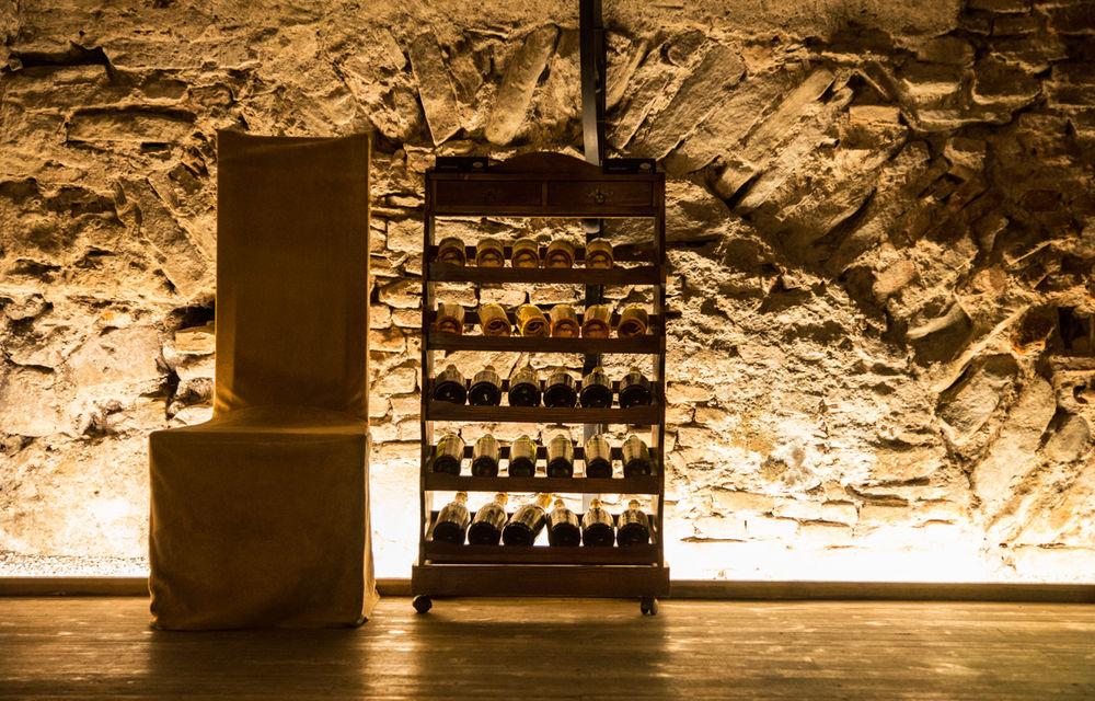 Un german in Transilvania: povestea vinului de la Jidvei și Cetatea de Baltă, surpriza de la Blaj și recordurile catedralei din Alba Iulia - Poza 7