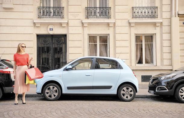 Ți-a sărit vopseaua? Renault a lansat o ojă de unghii care poate corecta zgârieturile de pe caroserie - Poza 2