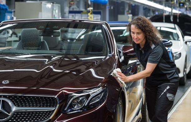 La timp pentru vară: noul Mercedes Clasa E Cabrio a intrat în producție - Poza 2