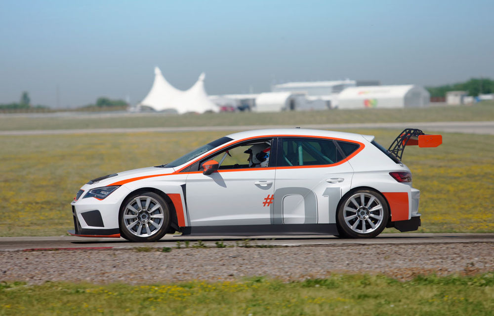 Cum arată ziua Seat: off-road cu Ateca, ture de circuit cu Leon ST Cupra și test-drive cu Ateca FR - Poza 3