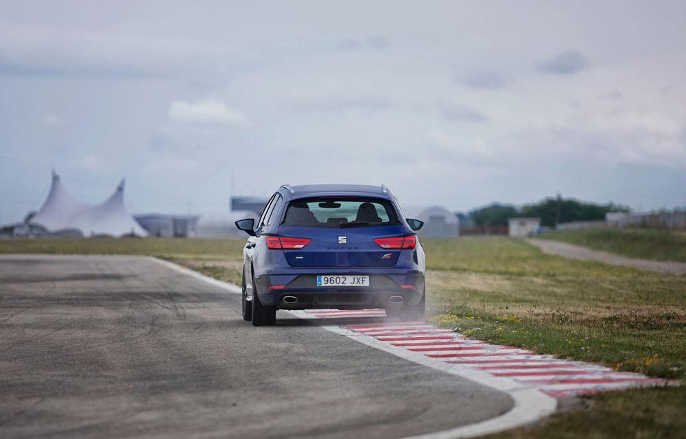 Cum arată ziua Seat: off-road cu Ateca, ture de circuit cu Leon ST Cupra și test-drive cu Ateca FR - Poza 5