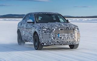 Primele imagini camuflate cu noul Jaguar E-Pace: SUV-ul de performanță a fost testat în deșert și la Cercul Polar