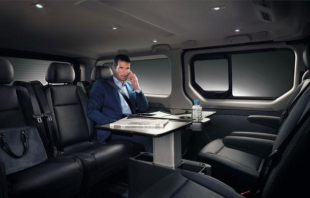 Renault pornește pe urmele lui Mercedes V-Klasse: noul Trafic SpaceClass este o limuzină cu nouă locuri - Poza 1