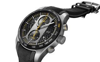 Ce se asortează cu noul Porsche 911 GT2 RS? Un ceas Porsche Design de 9000 de euro creat special