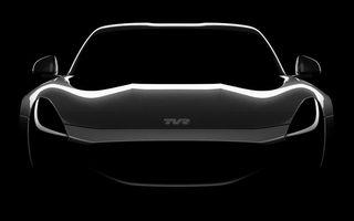 După 12 ani, englezii scot de la naftalină brandul TVR: un nou teaser anunță supercarul cu motor V8 și preț de 100.000 de euro