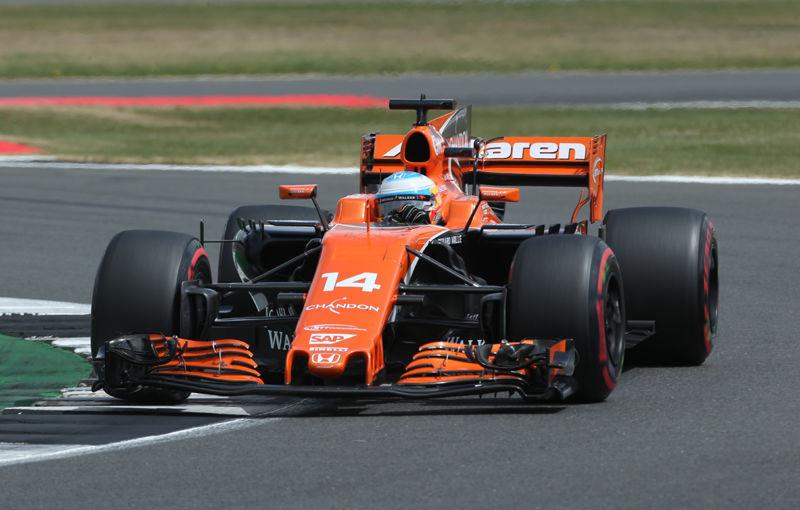 Misiune imposibilă pentru McLaren: Mercedes și Ferrari nu vor să furnizeze motoare pentru britanici - Poza 1