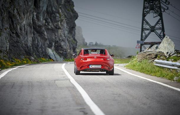 Odă Bucuriei. O zi cu Mazda MX-5 pe Transfăgărășan - Poza 37