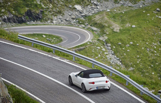 Odă Bucuriei. O zi cu Mazda MX-5 pe Transfăgărășan - Poza 64