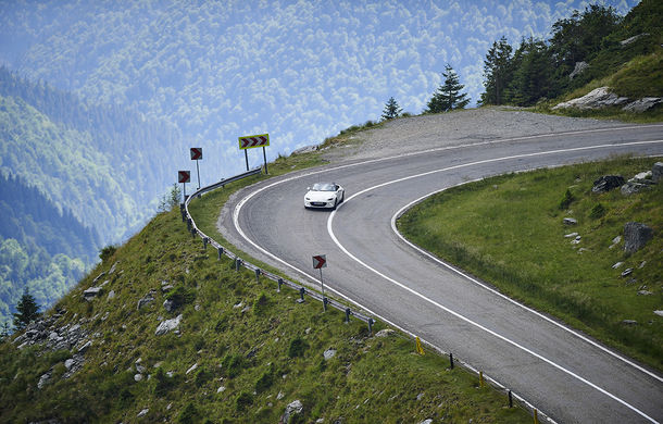 Odă Bucuriei. O zi cu Mazda MX-5 pe Transfăgărășan - Poza 60