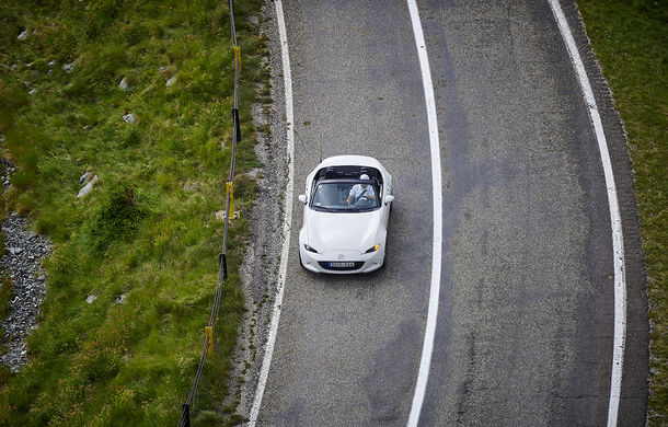 Odă Bucuriei. O zi cu Mazda MX-5 pe Transfăgărășan - Poza 61