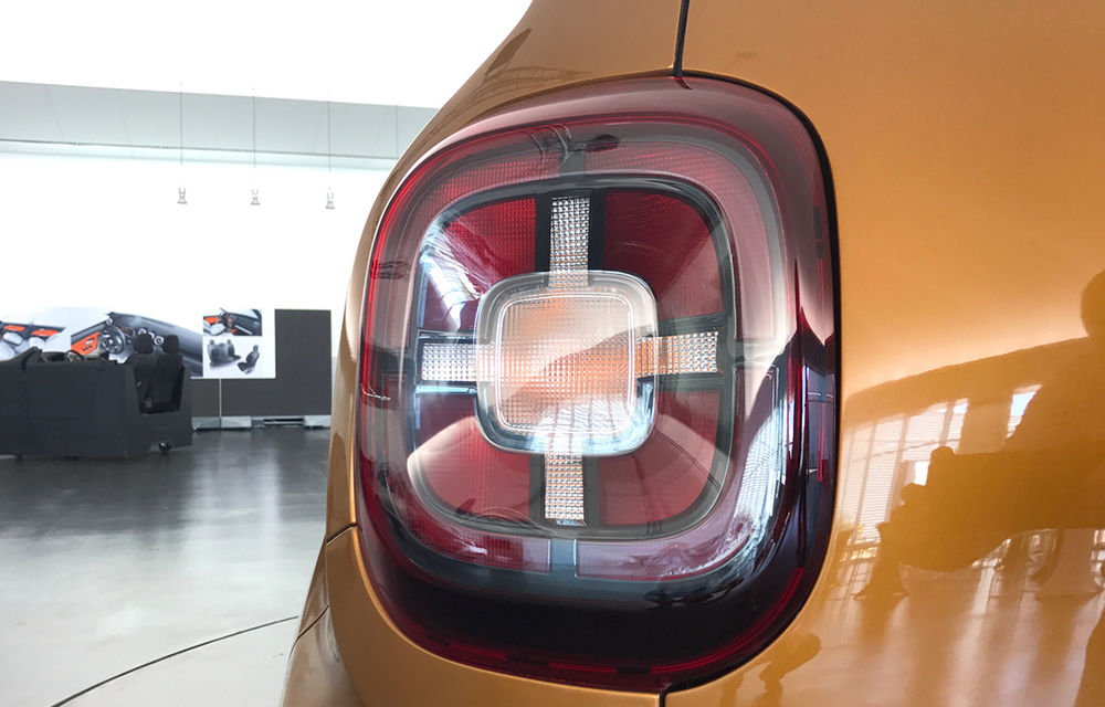 Strict Secret: noul Dacia Duster s-a dezbrăcat de secrete la Paris în fața Automarket - Poza 33