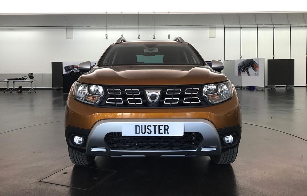 Strict Secret: noul Dacia Duster s-a dezbrăcat de secrete la Paris în fața Automarket - Poza 29