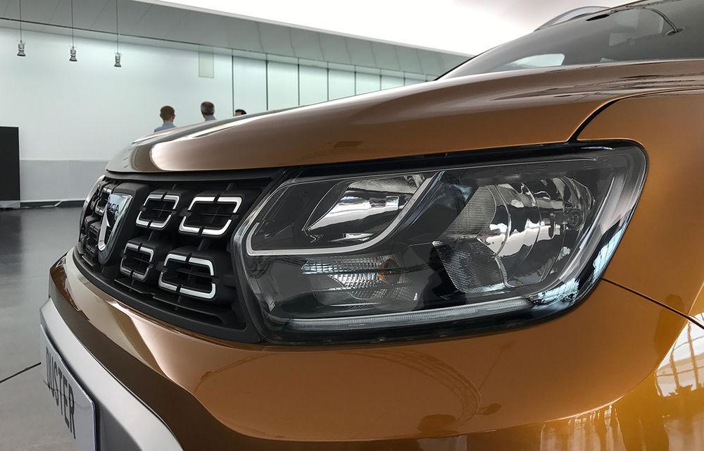 Strict Secret: noul Dacia Duster s-a dezbrăcat de secrete la Paris în fața Automarket - Poza 19