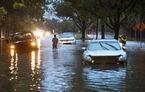 Ce rămâne după uraganul Harvey? 500.000 de mașini distruse și reduceri de 500 de euro venite de la FCA și GM