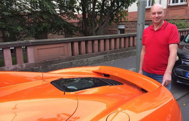 Din lumea celor care nu cuvântă: proprietarul unui măgar, obligat să plătească daune de 6000 de euro după ce animalul a ros eleronul unui McLaren - Poza 1