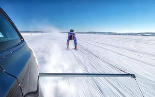 Record mondial doborât: un Jaguar XF Sportbrake a tras un schior cu o viteză medie de 189.07 km/h