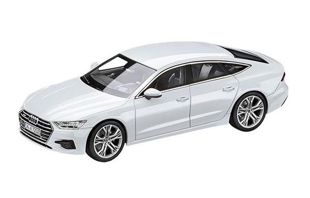 Noua generație Audi A7: un model la scara 1:43 trădează designul preluat de la conceptul Prologue - Poza 1