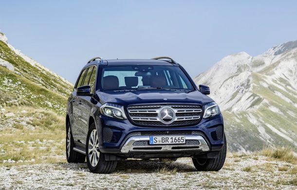 Noua generație Mercedes GLS vine în 2019: SUV-ul ar putea primi motorizările Clasei S și o versiune Maybach de lux - Poza 1