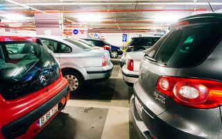 Locurile de parcare, coșmarul bucureștenilor: 80% recunosc că au parcat neregulamentar, 47% au avut conflicte verbale sau fizice