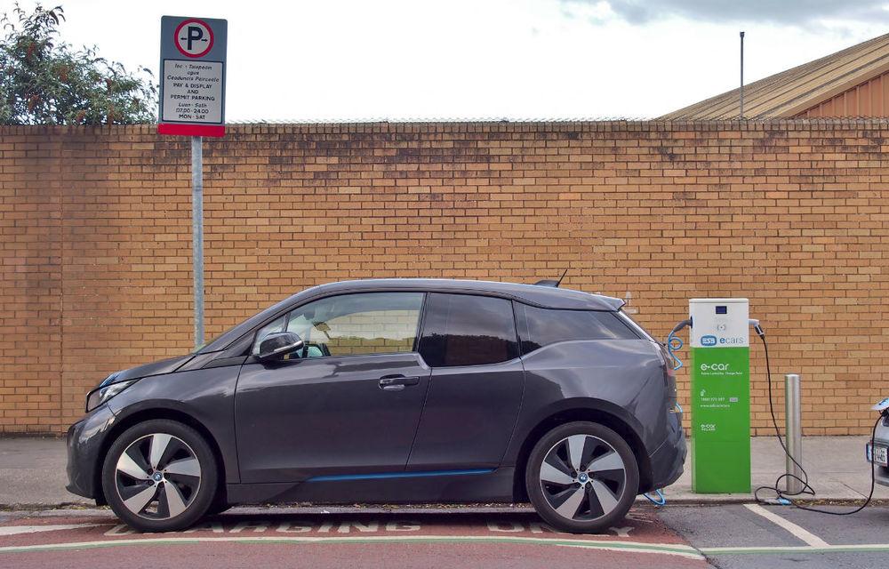 Propunere de lege în Marea Britanie: stațiile de încărcare pentru mașinile electrice să devină obligatorii în benzinării și spațiile de servicii de pe autostrăzi - Poza 1