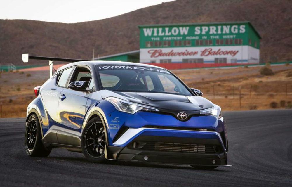 Toyota C-HR R-Tuned: japonezii au prezentat o versiune modificată a SUV-ului care vrea să bată recorduri pe Nurburgring - Poza 1
