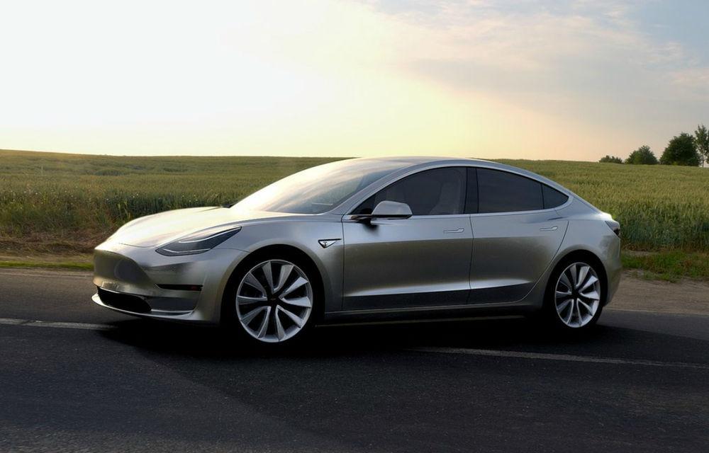 Tesla amână din nou livrările lui Model 3: clienții din California care au comandat în prima zi primesc mașina în martie 2018 - Poza 1