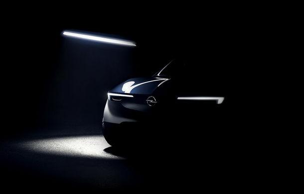 Prima schiță cu noul SUV pregătit de Opel: modelul va utiliza aceeași platformă ca Citroen C5 Aircross și Peugeot 5008 - Poza 1