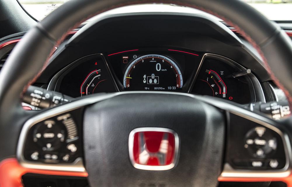 Prim contact cu modelele hardcore din gama Honda: pe circuit cu noul Civic Type R și cu supercar-ul NSX - Poza 9