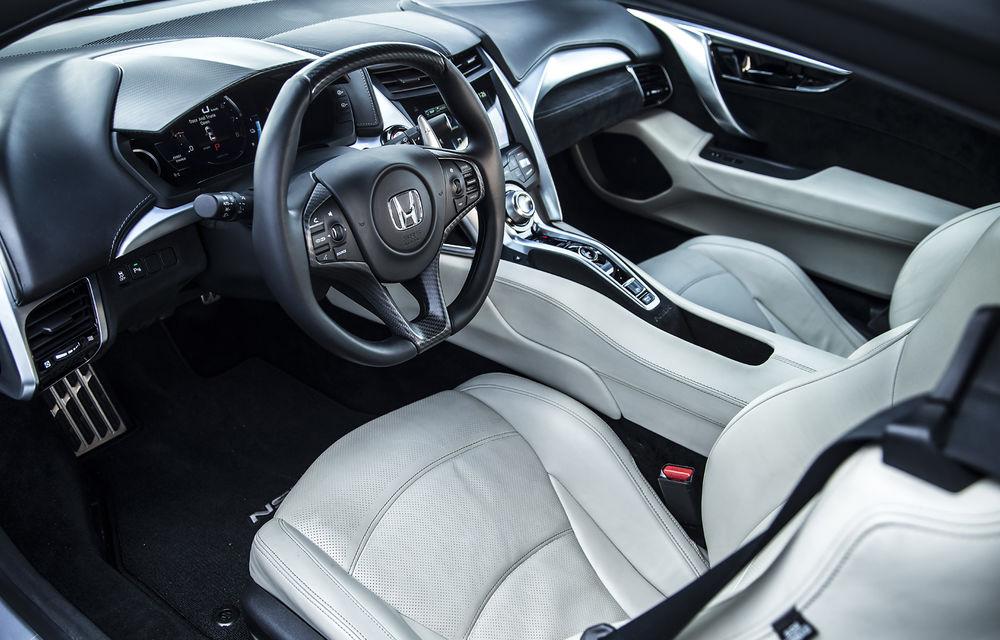 Prim contact cu modelele hardcore din gama Honda: pe circuit cu noul Civic Type R și cu supercar-ul NSX - Poza 33