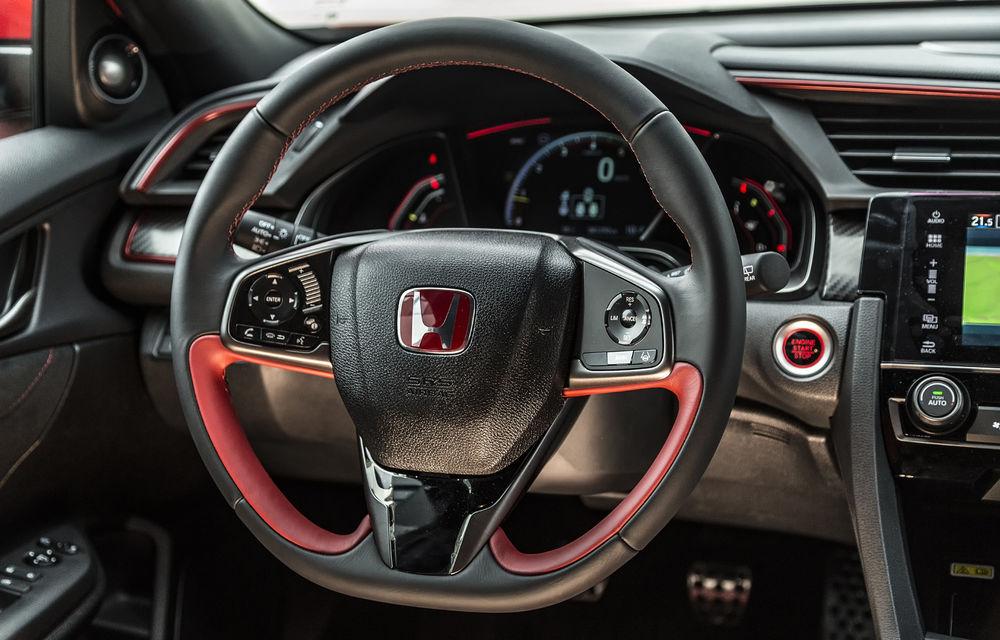 Prim contact cu modelele hardcore din gama Honda: pe circuit cu noul Civic Type R și cu supercar-ul NSX - Poza 15