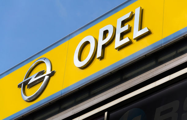Grupul PSA își schimbă planurile de producție: renunță la extinderea uzinei din Slovacia și va asambla motoare la o fabrică Opel - Poza 1