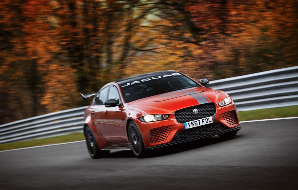 Jaguar XE SV Project 8: prototipul de 600 de cai putere a devenit cel mai rapid sedan pe Nurburgring - Poza 1